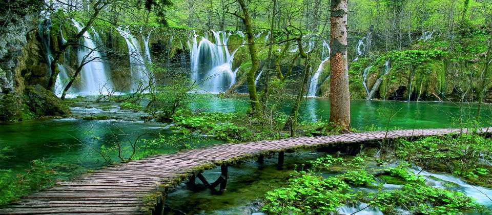 National park Plitvice Lakes tour